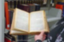 288-119 Bible en cris.jpg