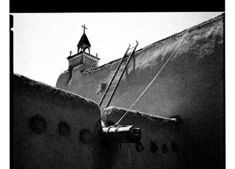 Leading lines of Las Trampas, New Mexico (120 film)