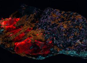 Apatite, Hydrozincite, Microcline, Calcite - Sterling Hill NJ