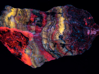 Calcite, Willemite, Smithsonite, Puttapa Australia