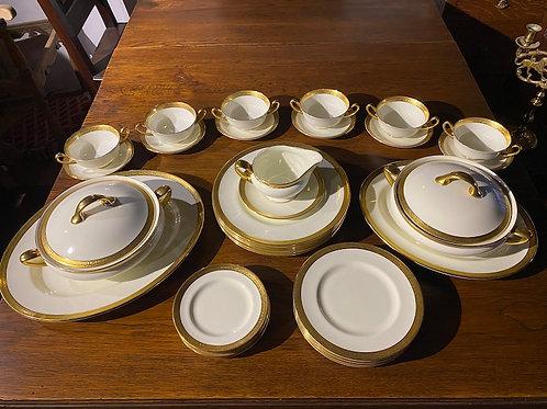 Royal Doulton H2908 36pc Dinner Set