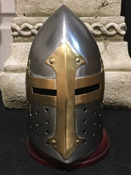 Crusader 'Sugarloaf' Helm mini