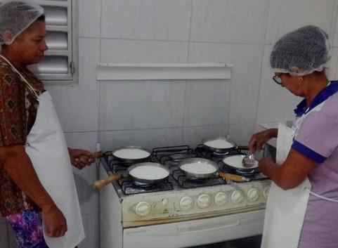 Alimentos saudáveis produzidos pela agricultura familiar estão deixando de chegar aos estudantes