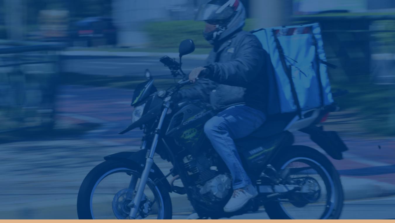 Imagem de motoboy no site do escritório Alberto Brandão.png