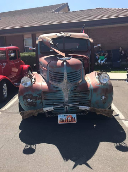 Old truck sweet look'n.jpg