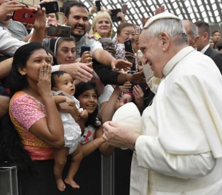 """Oriente Medio: La comunión con Dio es la """"la comunión con los hermanos"""""""