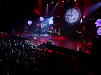 """Le concert complet du DVD """"Un tour de live"""" sur Youtube!"""