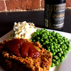 Meatloaf with mash and peas