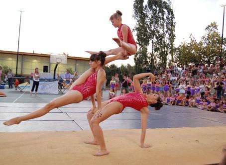 Γέμισαν οι κερκίδες από θεατές στις Γυμναστικές Επιδείξεις  του αθλητικού συλλόγου Μέγας Αλέξανδρος