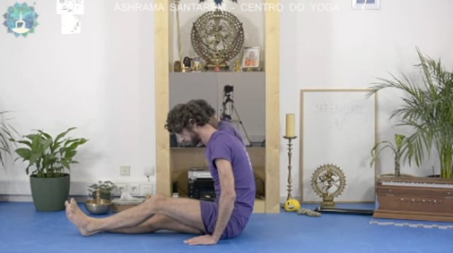 Aula De Yoga Nº3 - Short Preview
