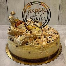 Custom cannoli cheesecake