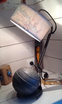 Lampe flotteur métal , abat-jour carte marine