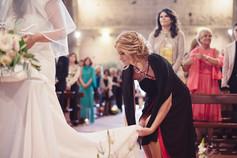 sposa-chiesa-velo-testimone.jpg