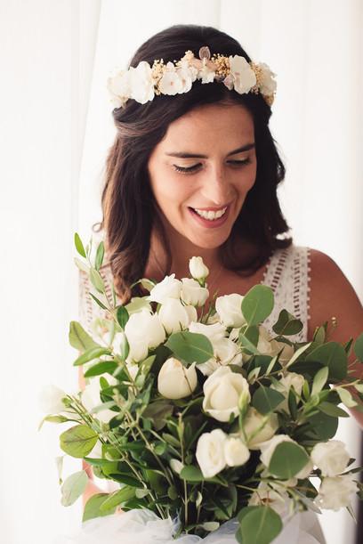 037-sposa-cerchietto-bouquet-felicità.jp