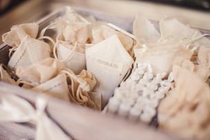 35-bolle-sapone-cartoccio-riso-sposi.jpg