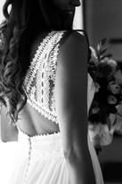 039-dettaglio-schiena-sposa-merletto-bia