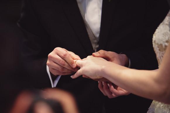 41-scambio-fede-anelli-sposi.jpg