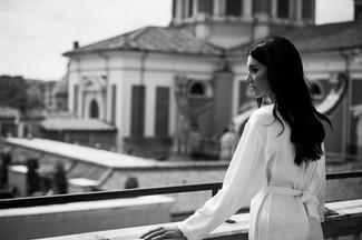 032-sposa-corrimano-chiesa-cupola-roma.j