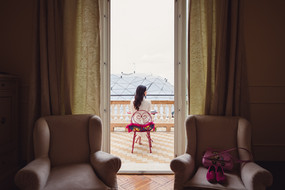 012-finestra-poltrone-sposa-terrazzo-lan