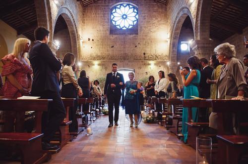 sposo-ingesso-mamma-chiesa.jpg