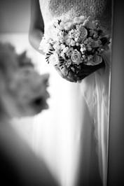 06-bouquet-specchio-rose-vestito.jpg