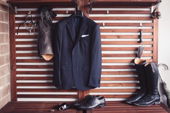 09-reportage-sposo-abito-scarpe.jpg