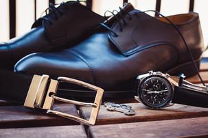03-scarpe-orologio-gemelli-cinta-sposo.j