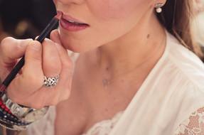 04-reportage-sposa-rossetto-bocca-fascin