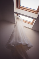 12-vestito-sposa-lucernaio-soffitta.jpg