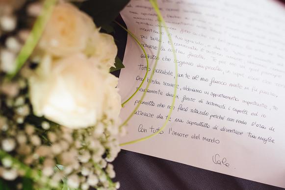 01-lettere-sposi-fiori.jpg