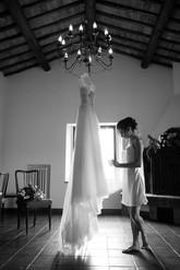 007-abito-sposa-casolare-lampadario-rust
