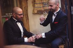 51-matrimonio-gay-intimita-uomini-pub.jp