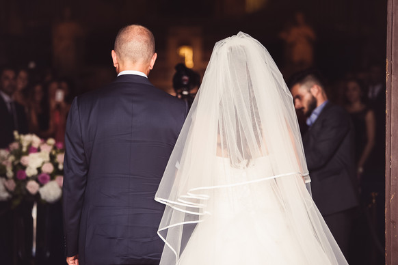 32-ingresso-sposa-chiesa-papa.jpg