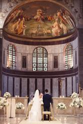 33-chiesa-affresco-sposi-altare-celebraz