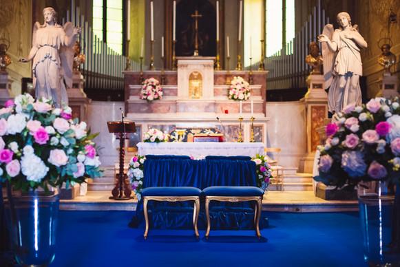 23-altare-chiesa-abbobbi-blu.jpg