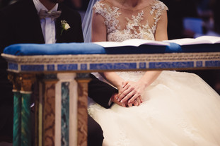 37-mano-sposi-velluto-blue.jpg