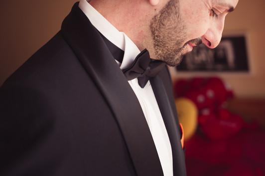 14-matrimonio-gay-sgaurdo-sposo-vestito.