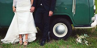 volkswagen-sposa-piede-abito-sposo.jpg