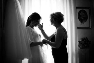 19-sposa-mamma-carezza-silouette.jpg