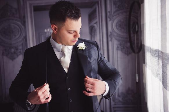 06-giacca-preparazione-sposo-reportage.j