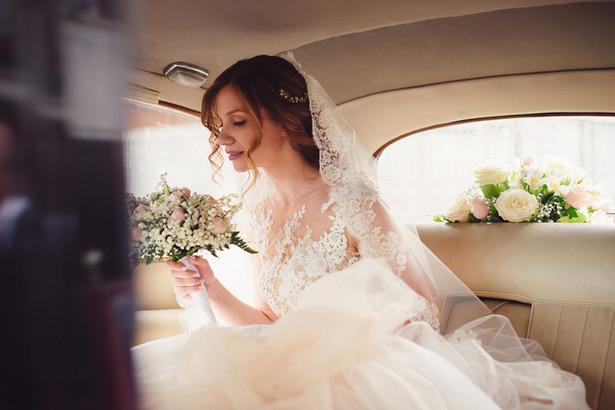 29-auto-sposa-vintage-bouquette.jpg