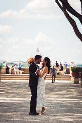 14-sposi-ritratto-bacio.jpg