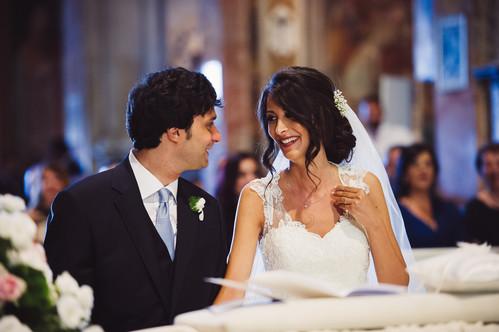 50-sorriso-sposa-altare-bellezza.jpg