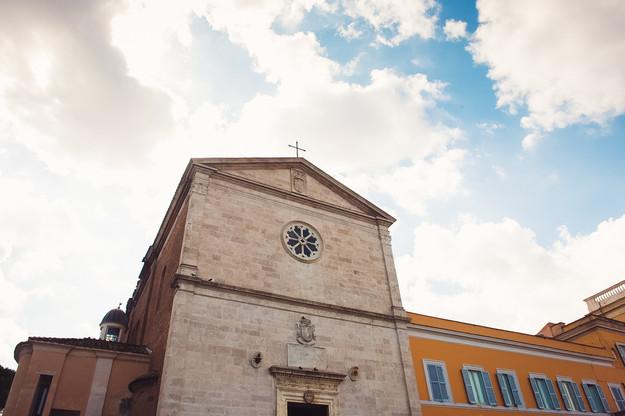 36-chiesa-roma-matrimonio-cielo-azzurro.