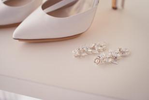 14-orecchini-sposa-scarpe.jpg