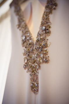 016-abito-sposa-strass-bianco-seta.jpg