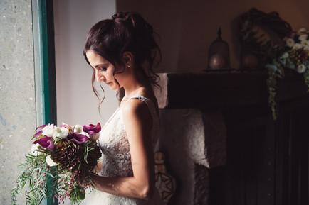 044-bouquet-finestra-sposa-stipite.jpg