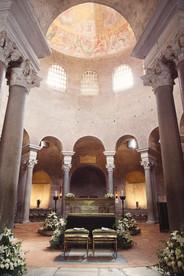 024-sole-arcate-cuscini-archi-cupola.jpg