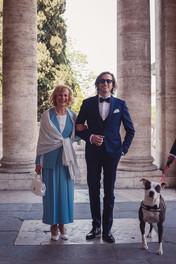 001-mamma-filgio-sposo-cane-colonne.JPG