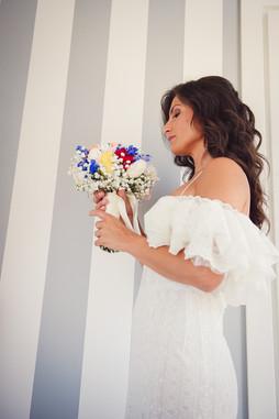 20-sposa-bouquet-fiori-blu.jpg